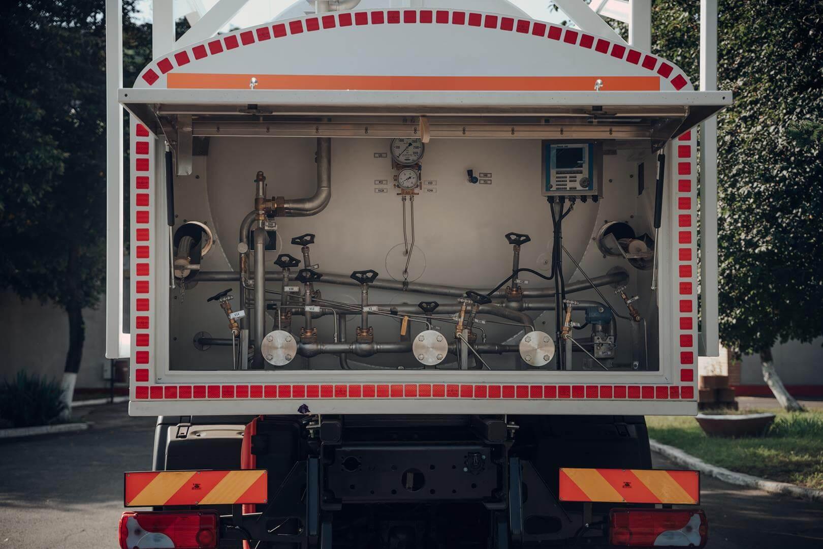 Autocisterna transport azot - instalatie