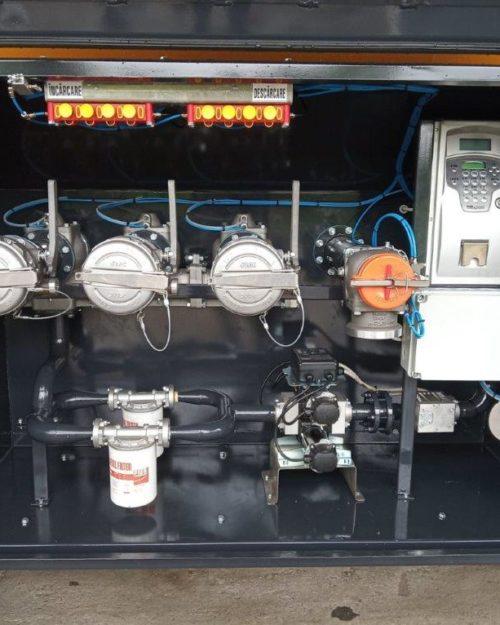 Instalatie semiremorca transport combustibil cu 3 compartimente