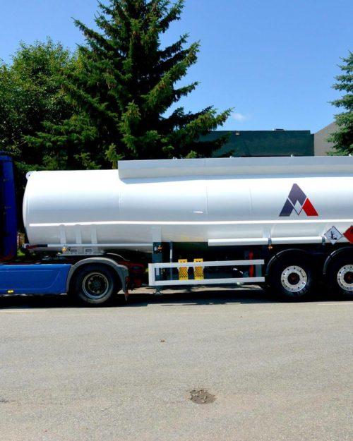 Semiremorca transport combustibil cu 5 compartimente